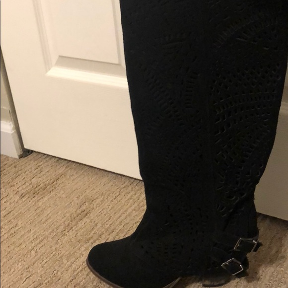 Shoes - Black Velvet Boots